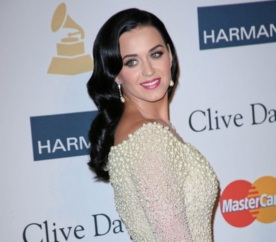 Katy Perry Spills About Exes…