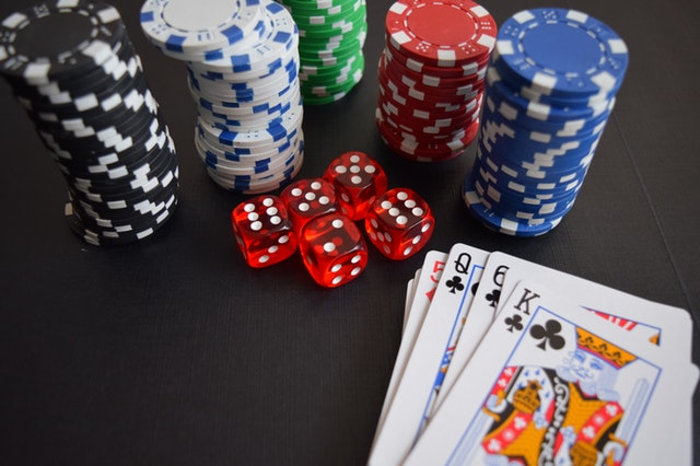 Live Casino Experience: Las Vegas Is in Your Room