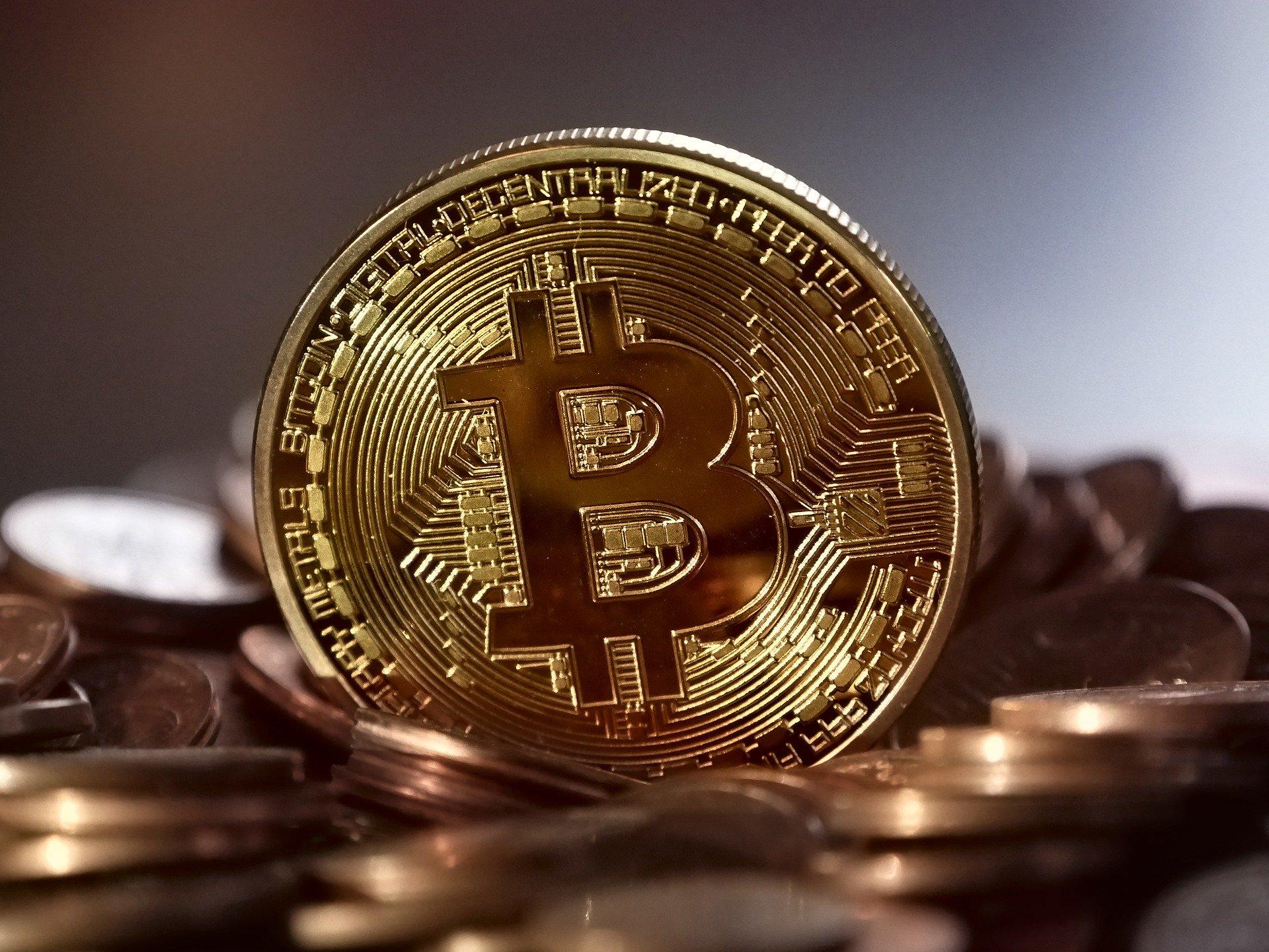 bitcoin coin shinny gold