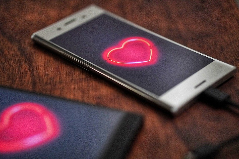 phones with dating app
